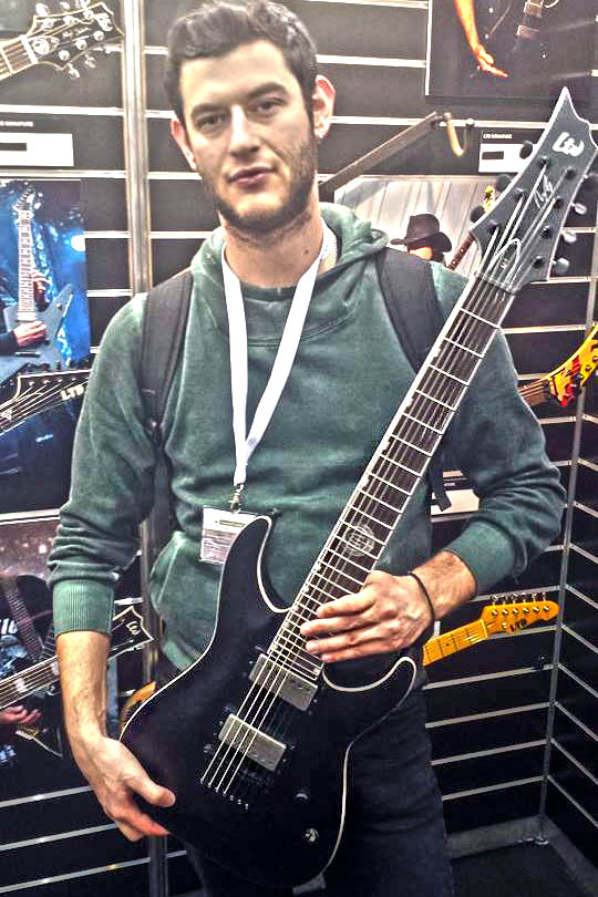 messe-2015-andy-james-guitar-kiriakosgp