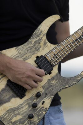 Fast Guitars KGP Orion 6 | Photoshooting | Video