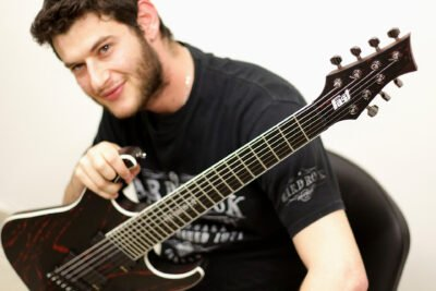 Fast Guitars KGP Orion 7   Photoshooting   Video